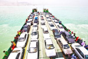 سفربهقشمباخودرو 300x200 - نگرانی ستاد ملی کرونا از افزایش سفر به قشم