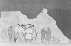 2 2 300x195 - خاطرات صحنه /خاطره ی هفتم/«زنده یادمحمد ضعیفی»