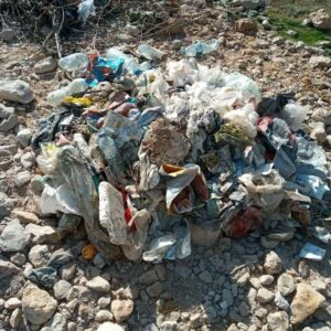 photo 2021 02 01 09 24 06 300x300 - زباله های رها شده گردشگران در آسیاب تاریخی روستای گنو